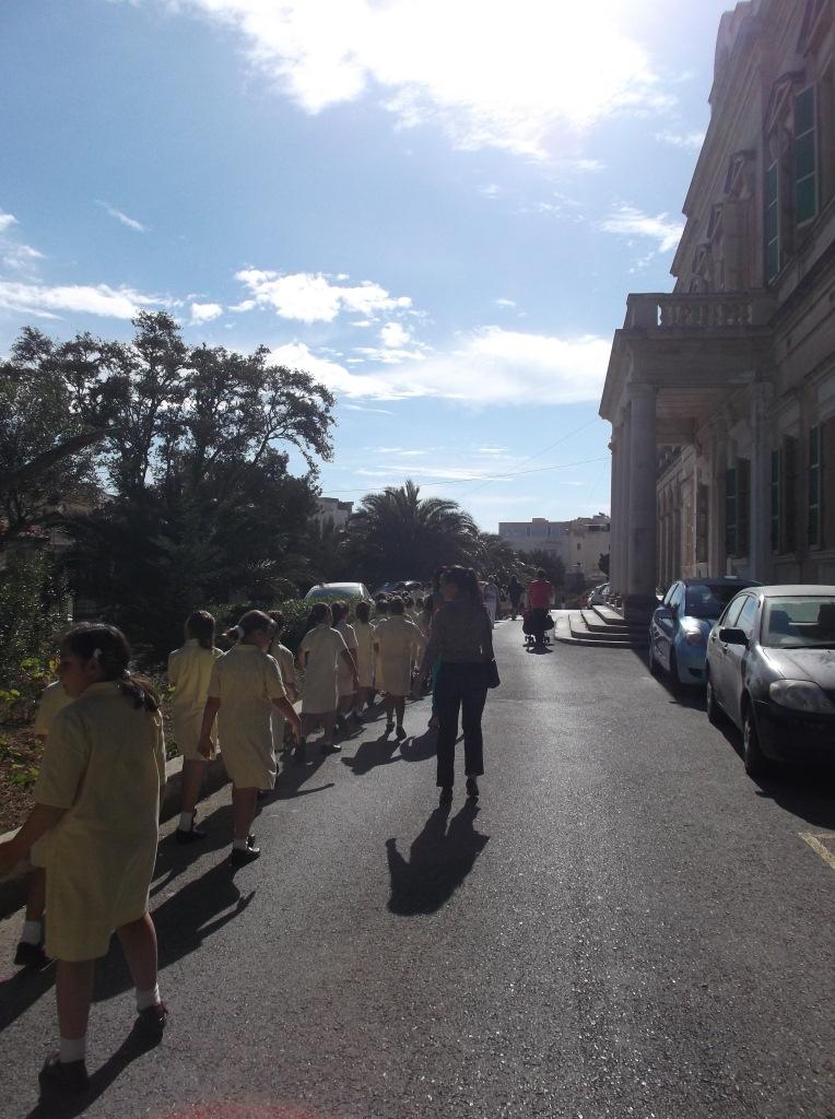 walking towards Balluta Church